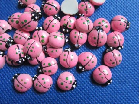 10 x 11mm PINK LADYBIRD FLAT BACK RESIN HEADBANDS BOWS CARD MAKING PLAQUES